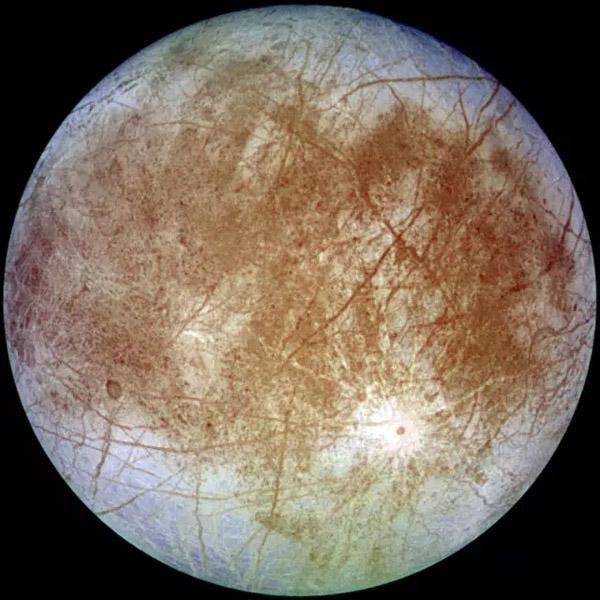NASA:木星第四大卫星喷气状水柱 或存在生命(图)