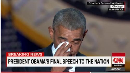 奥巴马在演讲中擦拭眼泪。(CNN视频截图)