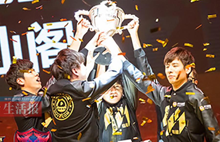 桂林男孩玩游戏玩出全国冠军月入5000~50000元