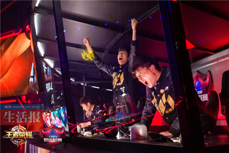 桂林男孩玩游戲玩出全國冠軍月入5000~50000元