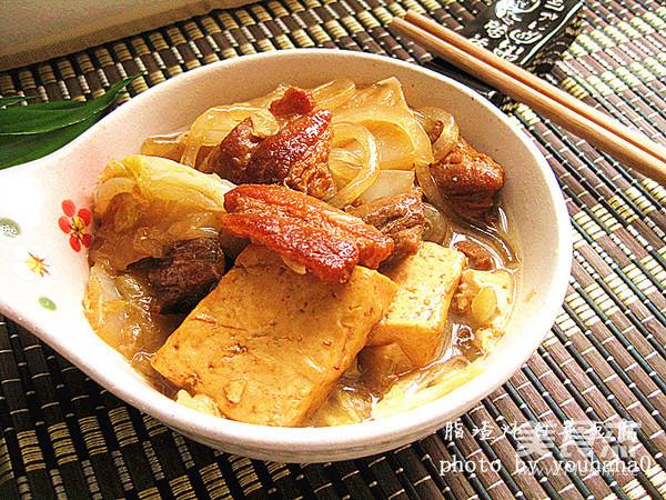 脂渣和白菜真是绝配 教你做脂渣炖白菜豆腐