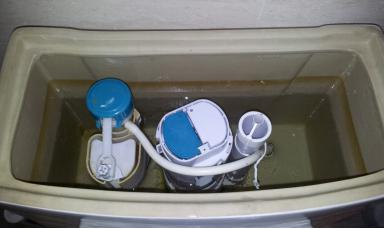 马桶水箱内部拆卸步骤图