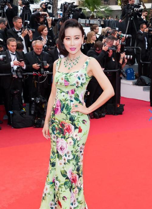 2016年八大国际红毯上最美中国女星,范冰冰竟然败给了她!