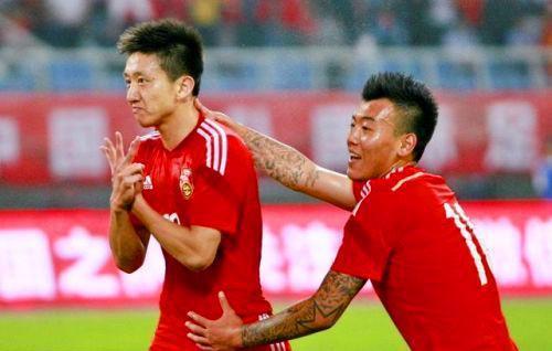高迪-小李金羽 进球向日本人鞠躬 若非伤病恐已入选国足