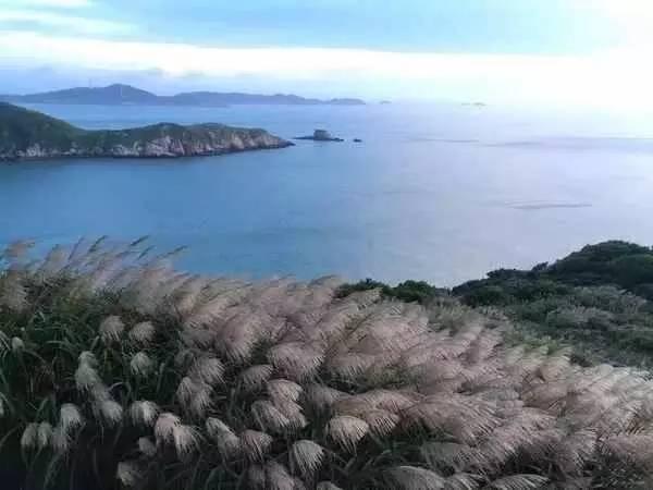 海角七���-yoly.+y�9�c9��_垦丁位于台湾最南部的恒春半岛上,被称为台湾人的天涯海角,《海角七号