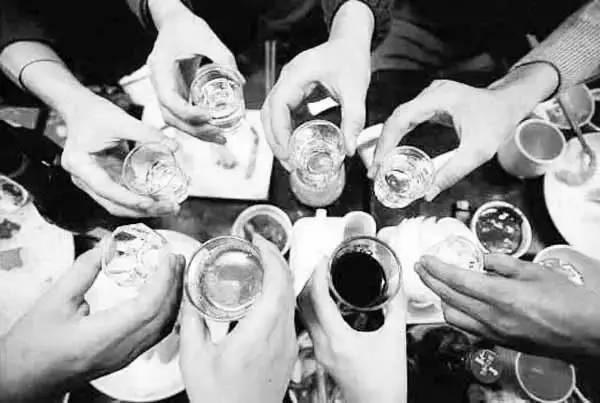 国人丑陋的酒文化 - dengjianfu2356 - dengjianfu2356的博客