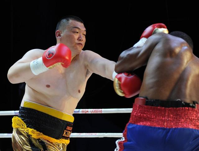 重量级拳击最新世界排名出炉 中国泰森张君龙稳居前列