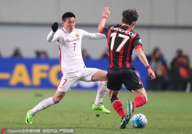 武磊再成看客!7战韩系球队仅进1球 里皮指望他成奢望