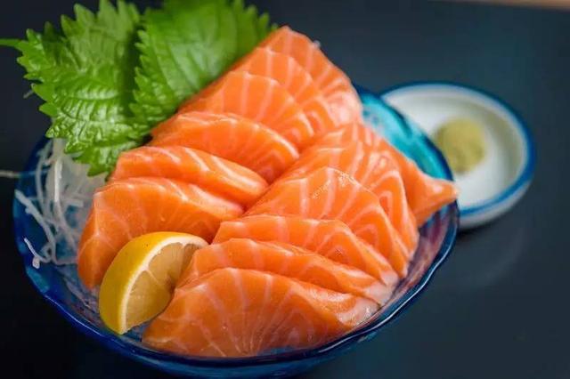 8种东西吃多了,胃癌可能找上门!你家餐桌上就有