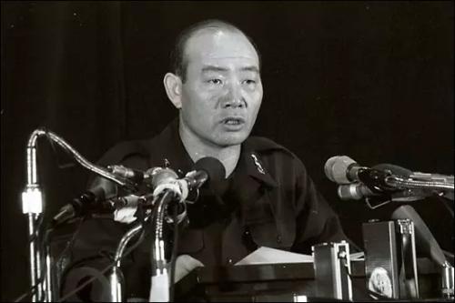 资料图片:韩国前总统全斗焕。