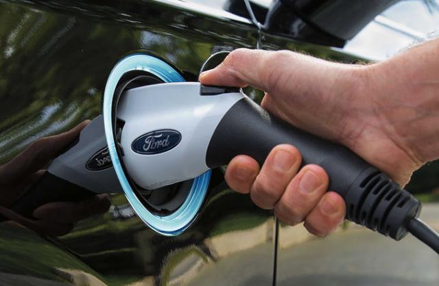 长安福特将投产2款电车 含小型纯电SUV可跑450km