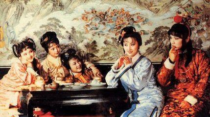 她是被钦点的王熙凤,为爱自杀,年仅28岁