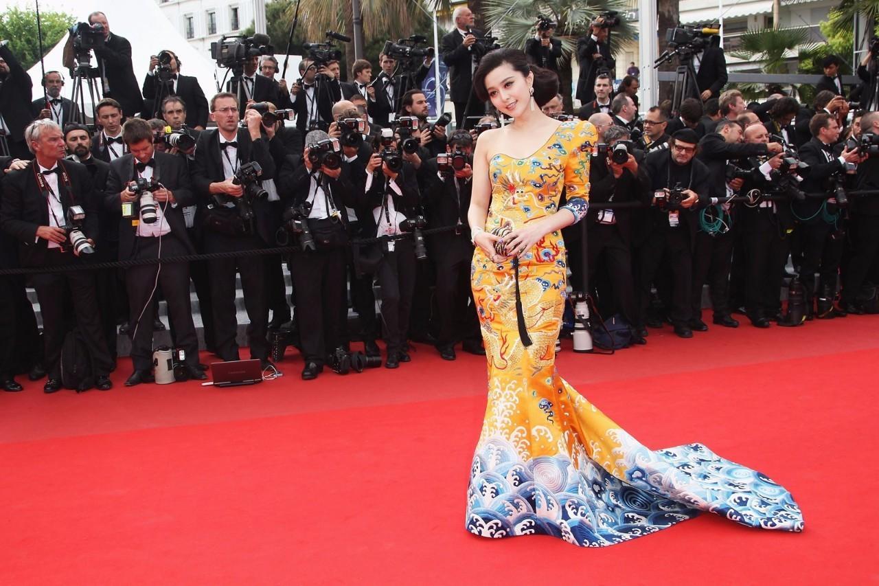 请范冰冰当评委,你以为是戛纳电影节疯了?重庆空姐电影完整版图片