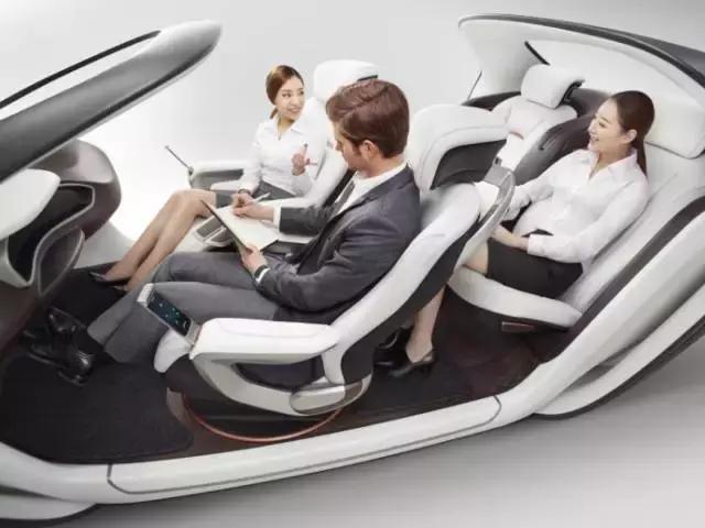 无人驾驶除了不再需要方向盘,座椅上也有文章可作