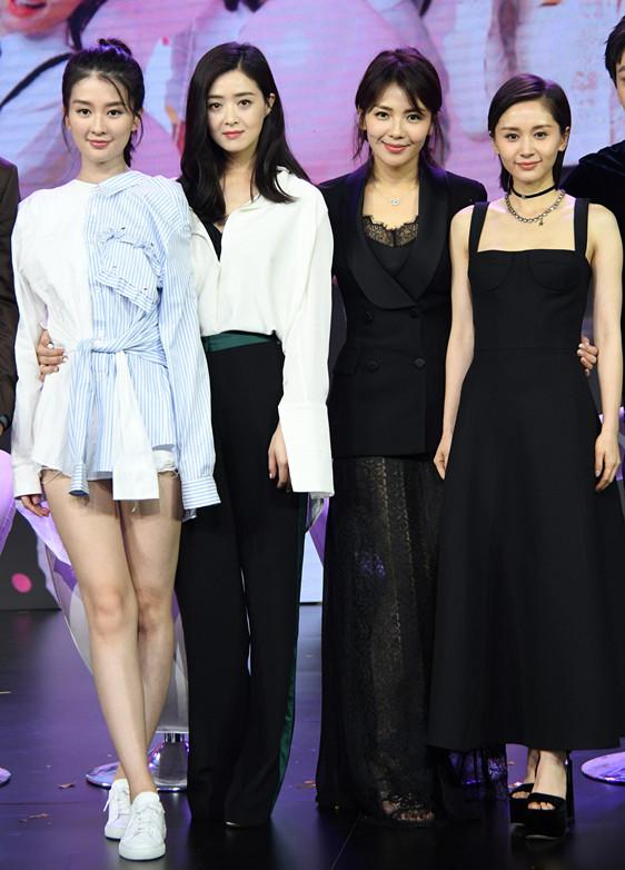 因为这个缺陷刘涛老穿诡异的黑色透视长裙(图)插图5