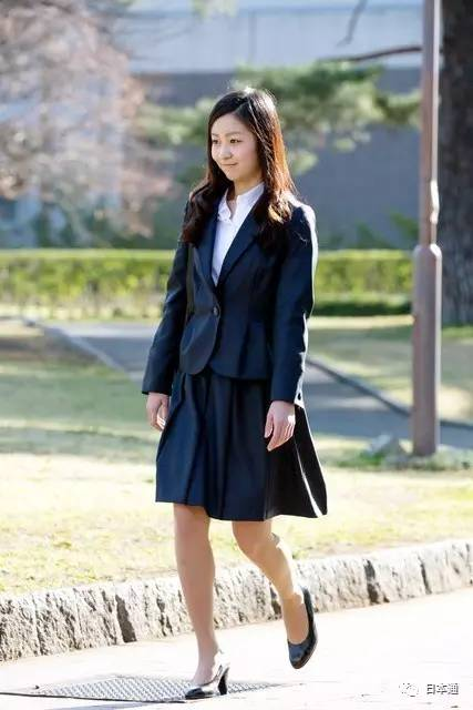 日本少夫如�_日本真子公主就要订婚了,未婚夫是\