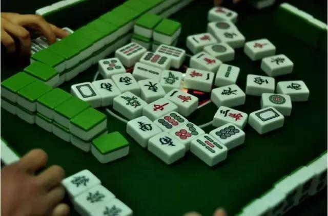 """""""麻将政协提案""""首获回复,多少钱算赌博?"""