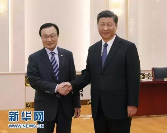他第二次来的时候,中国大使专程回国迎接