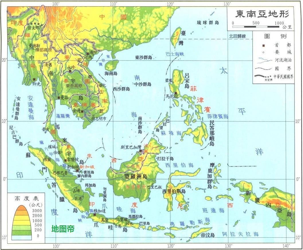 中国一带一路倡议进入中南半岛,带来泛亚铁路中南半岛规划,或者我们称为丝绸铁路之中南半岛规划更为贴切。 这个规划大体上分为中、西、东、中东四条铁路。 第一条铁路名为中线,起点云南昆明,经过大理至老挝万象、泰国曼谷、马来西亚吉隆坡、新加坡,全长4200公里。 第二条铁路名为西线,起点云南昆明,经过大理至缅甸内比都、仰光,再折向东来到泰国曼谷,接着南下到马来西亚与新加坡,全长4900公里。