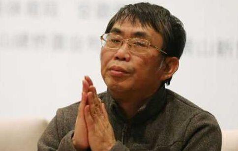 聂卫平斥记者:中国人非要炫英文 这员工留着干啥