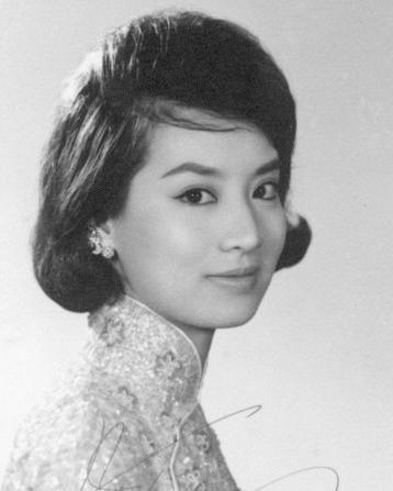 她是台湾第一代玉女明星,如今70岁瘫痪在床(图)