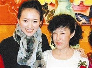 妈妈是亿万富豪,章子怡还是嫁给三婚的他原因是这样