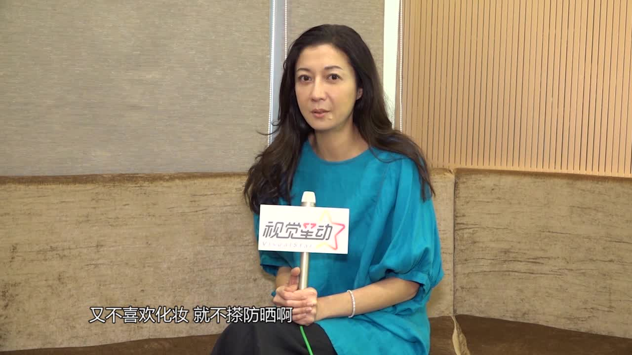 吴绮莉:如果女儿要见父亲成龙,我也控制不了