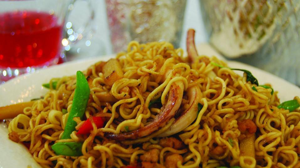 曼谷最大贫民区:泡面是别样的美食