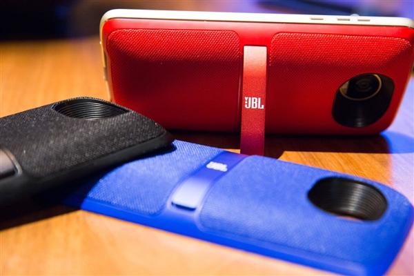 颜值提升!联想Moto Z2 Play发布:3400元、超薄模块手机