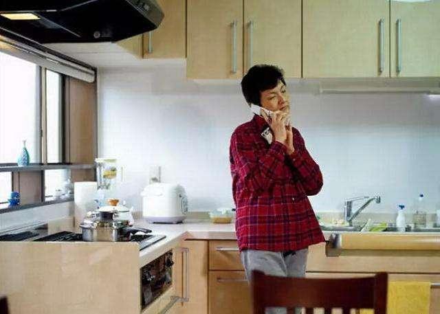 日本老百姓住的房子和过的日子_6年工资年可买别墅4年可买车