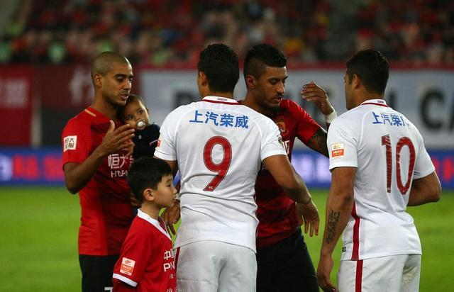 上港非恒大亚冠最强对手!若用一人或可掀翻亚洲曼联