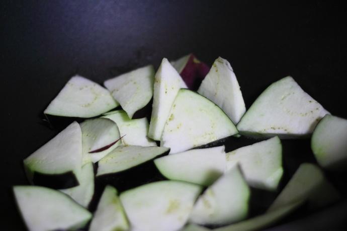 4种最常见简易食材搭配在一起,就是一道别具风味的特色经典菜