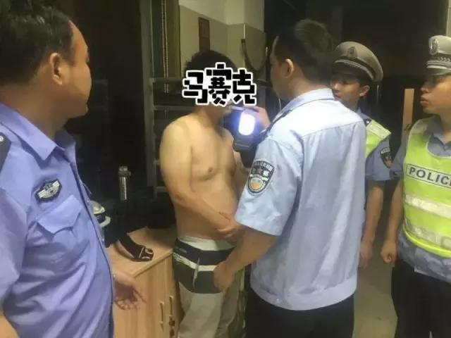 奇葩!凌晨两点,义乌男子堵住交警的处警车,仔细一查傻眼了