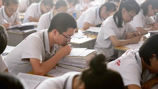 河北衡水某中学高三学生为高考做最后冲刺复习