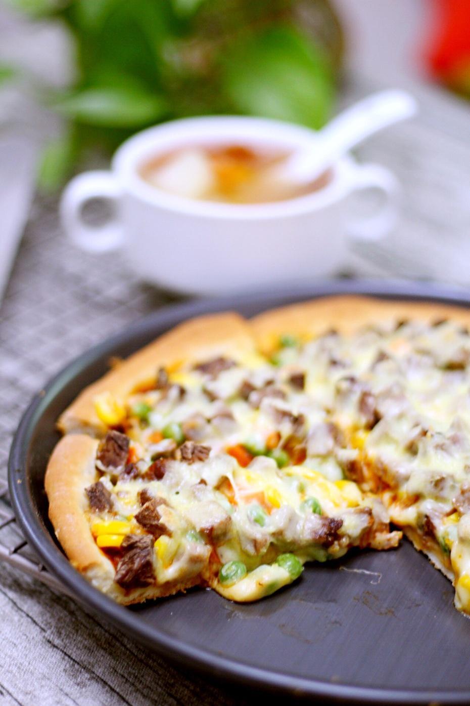 教你如何在家做好吃又简单的披萨饼,让你爱上这个味道!