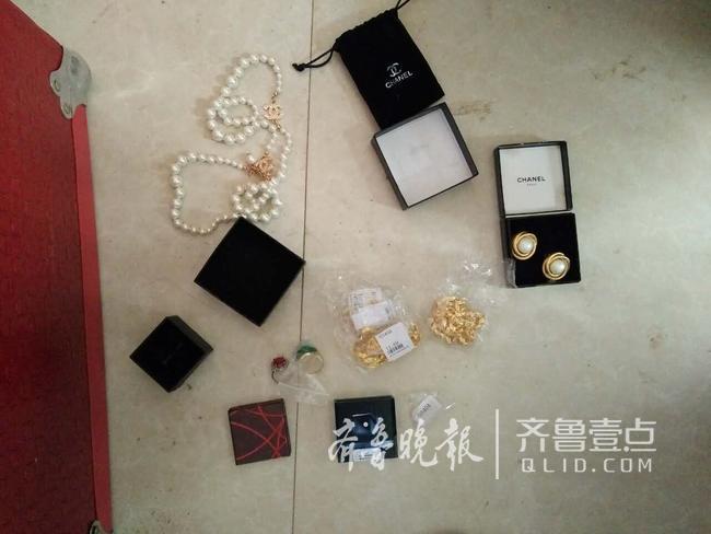 专偷珠宝包裹,青岛城阳三快递员监守自盗45万金银首饰
