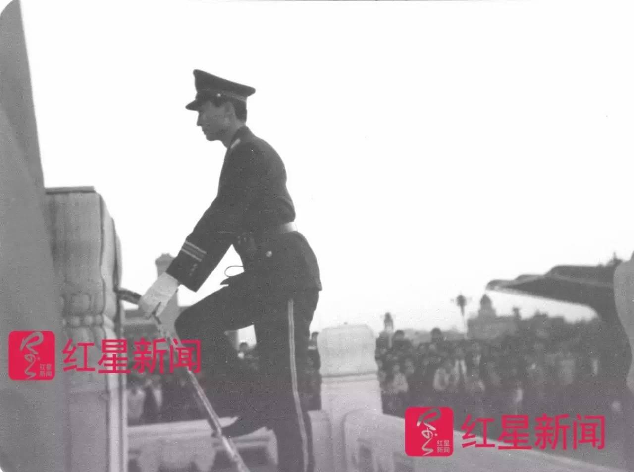 Image result for 天安门广场国旗旗杆基座