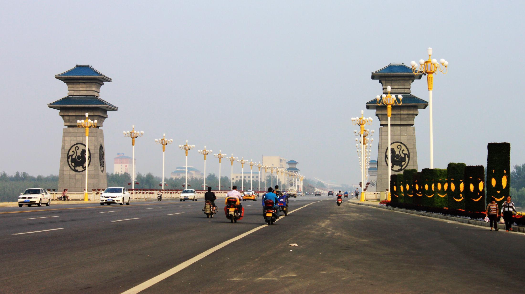 河南面积最大人口最多的城市,人口超过1000万