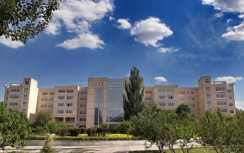 青海最美大学校园来袭 一个比一个美