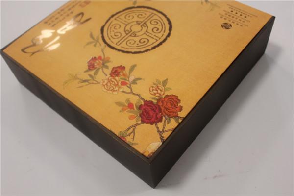 礼品包装盒印刷过程色差产生的原因