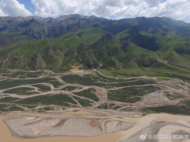 航拍澜沧江3:青海玉树藏族自治州囊谦县城江段