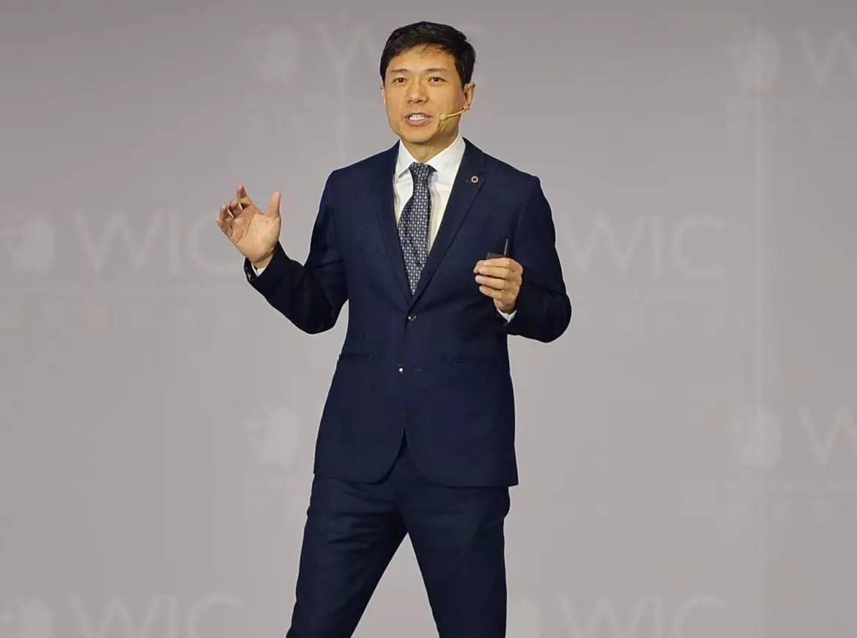 首届世界智能大会开幕!看看马云、柳传志、李彦宏等大咖都说了些什么?