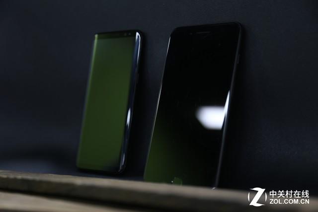 """三星S8死磕iPhone7 真""""屏""""实据一眼看破!"""