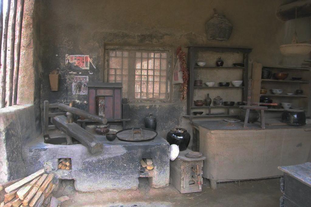 北方农村真正的厨房,连炕锅台带风箱,老厨具80后不一定都认识