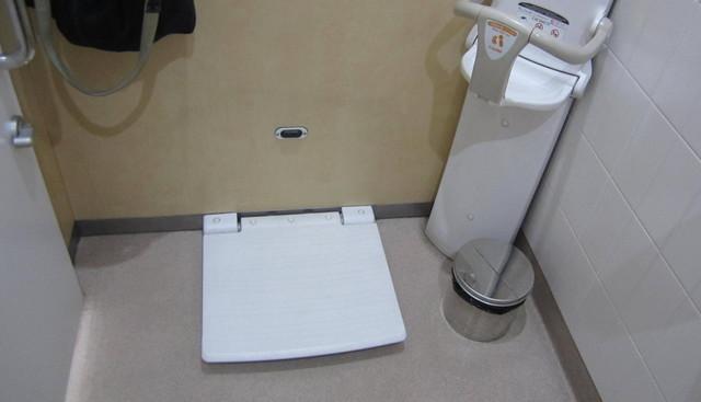 日本禁止在厕所吃饭?背后真相令人深思