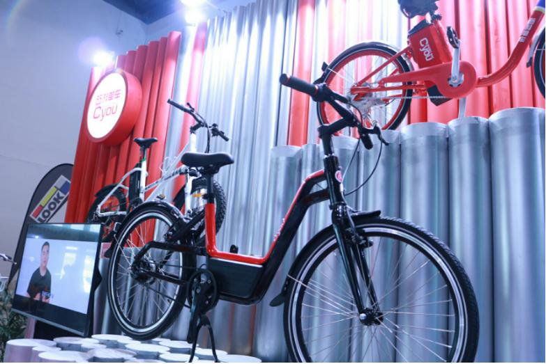 西游单车亮相北京国际自电梯惊魂遭人设计行车展,科技助力+超高颜值燃爆展馆