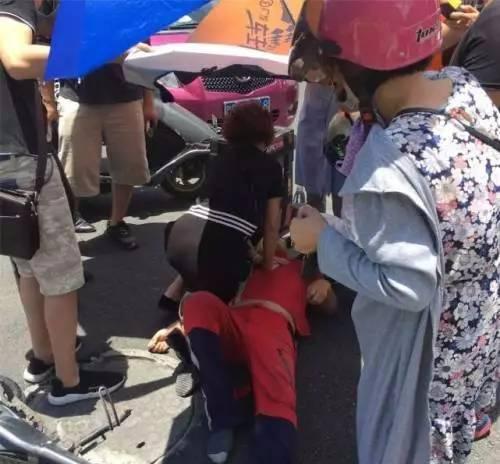 【转载】外卖小哥这张照片火了!网友:这么热的天,怎么忍心? - denny - denny999的博客