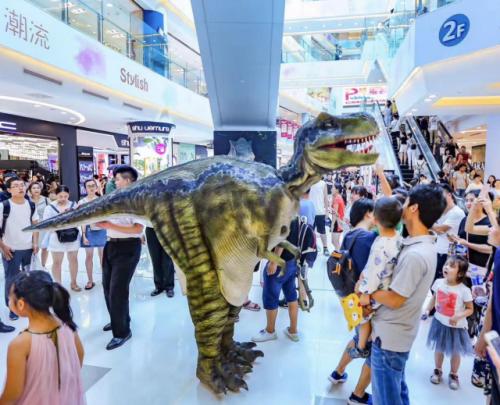 北京apm恐龙来袭 首周开展人气爆棚