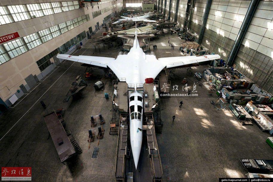 白天鹅摇篮!探秘俄图-160轰炸机工厂