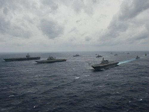 美国学者对比中印双方:两国实力悬殊 中国军力优势较大